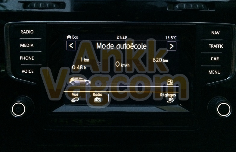 ankk-vagcom_vw_golf_5g_driving_school